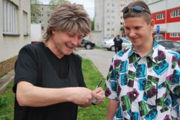 Peter Bathyány sa stretol aj so svojimi fanúšikmi.