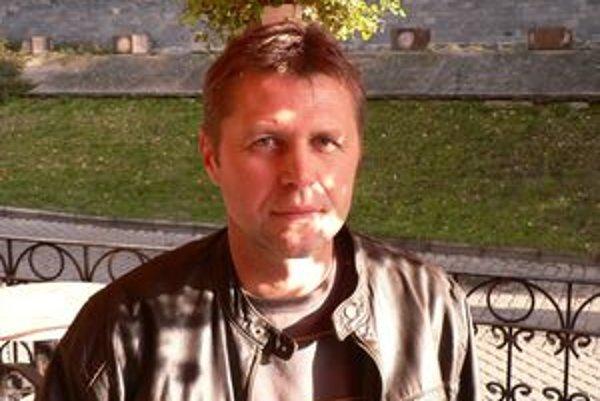 Tréner futbalistov Trenčiaskych Stankoviec Roman Pevný má postupovú ambíciu s mužstvo do III. ligy.
