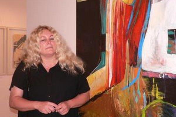 Výtvarníčka Zuzana Bachoríková s manželom sa v Galérii M.A. Bazovského v Trenčíne prezentujú do druhej polovici októbra.