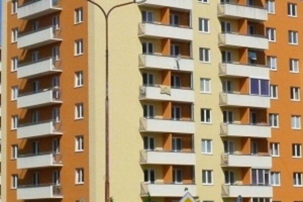 Najväčší záujem je o väčšie - dvojizbové a trojizbové byty.