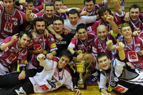 Majstri Slovenska vo florbale FK 1. FBC Trenčín.
