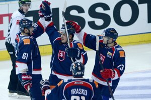 Slováci v zápase s Nórskom na Arosa cupe.
