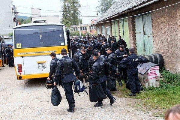 Razia v Moldave nad Bodvou bola podľa polície v poriadku.