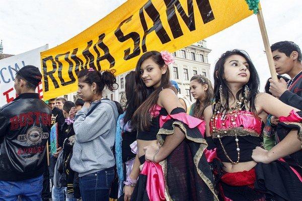 Praha cez víkend zažila Roma Pride.