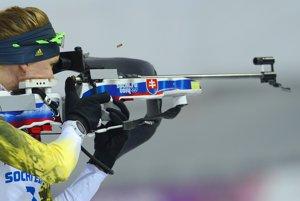 Anastasia Kuzminová počas stíhacích pretekov.