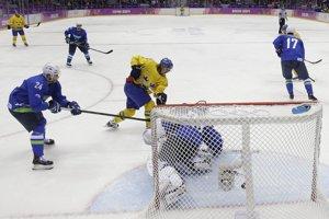 Švédsko potvrdilo úlohu favorita a Slovincov aj s ich brankárom Robertom Kristanom z Nitry poslalo domov.