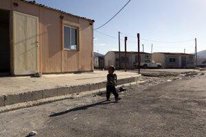 Gréci našli matku dievčatka z osadyV tejto gréckej osade objavila polícia počas razie Mariu.