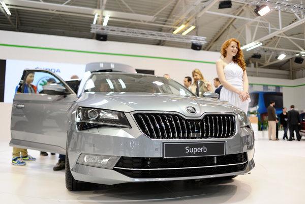 Škoda Superb, luxusné auto roka 2014.