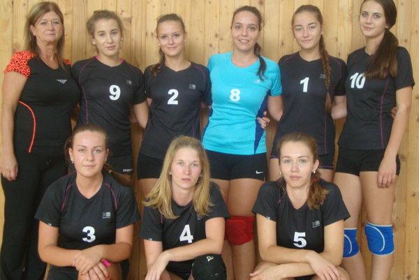 Družstvo prvoligových žien VK Slovan Rimavská Sobota.