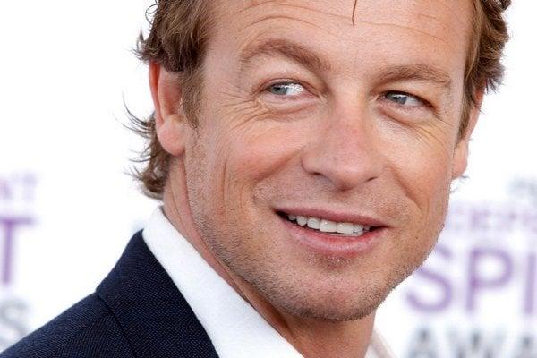 Austrálsky herec Simon Baker (46).