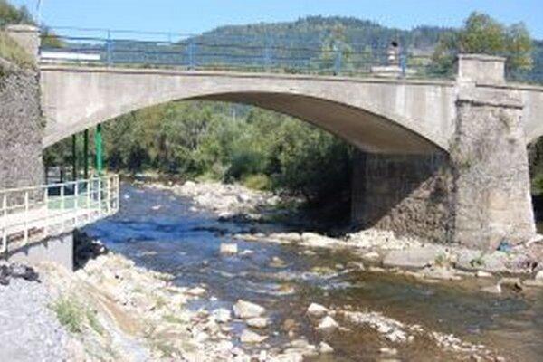 Prístupový most do Krásna nad Kysucou na tri mesiace zatvoria.