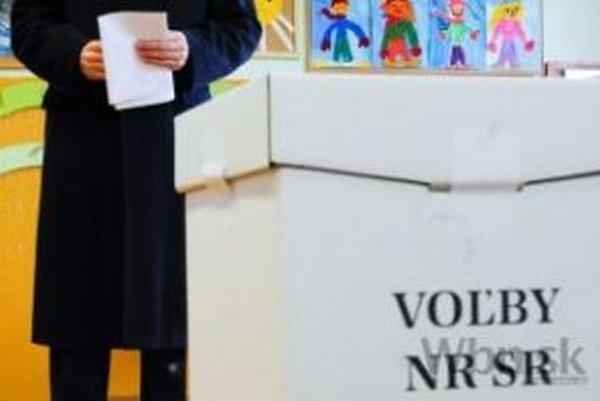 V parlamentných voľbách v roku 2012 zaznamenali v okrese Čadca 61,55 % účasť.
