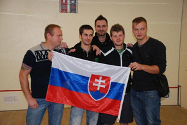 Zľava: Vlado Murčo, Lukáš Valkovič, Martin Kozák, Juraj Pavlík a Juraj Kozák.