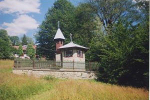 Jedna z kaplniek stojí aj v osade U Capa.