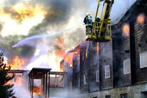 Obdobie letných prázdnin býva každoročne sprevádzané zvýšeným počtom vzniku požiarov.