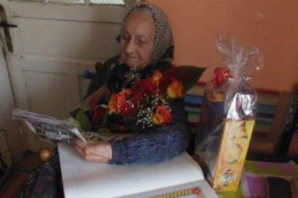 Pred 99-rokmi sa v kysuckej Korni narodila Anna Učníková. Na čítanie okuliare nepotrebuje.