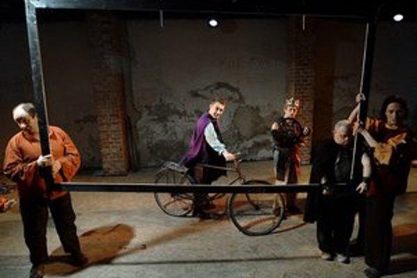 Divadlo z Pasáže sa na festivale Arteterapia: freeDOM 2012 predstaví inscenáciou Hamlet a syn