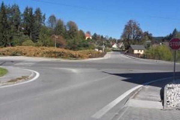 V Turzovke chcú zvýšiť bezpečnosť chodcov. Priechody do Závodia a Hlineného preto doplnia bezpečnostnými ostrovčekmi.