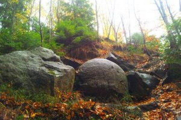 Kamenné gule v Čadci Milošovej sú svetovou raritou.