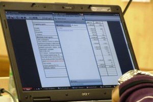 V niektorých obciach a mestách pristúpili k zverejňovaniu neplatičov na webových stránkach.