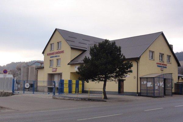 Svrčinovská mliekareň skončila výrobu, je v konkurze.