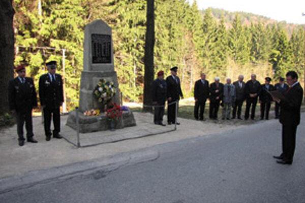 Vysočania si každoročne 20. apríla pripomínajú krvavú udalosť, ktorá sa v ich obci odohrala pred 66 rokmi.