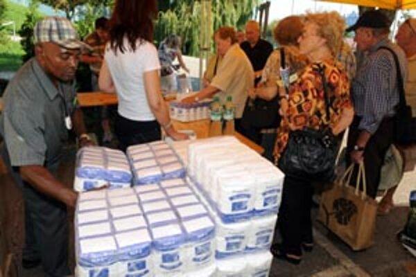 K ľuďom na Kysuciach zatiaľ pomoc v podobe potravín nedorazila.