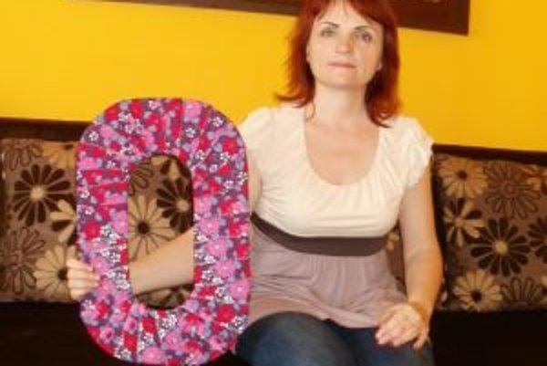 Učiteľka Tatiana Sogelová sa rozhodla prvákom priblížiť svet písmen hravou formou.