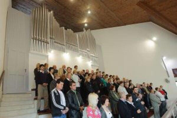 Organ priviezli z nemeckej Kostnice.