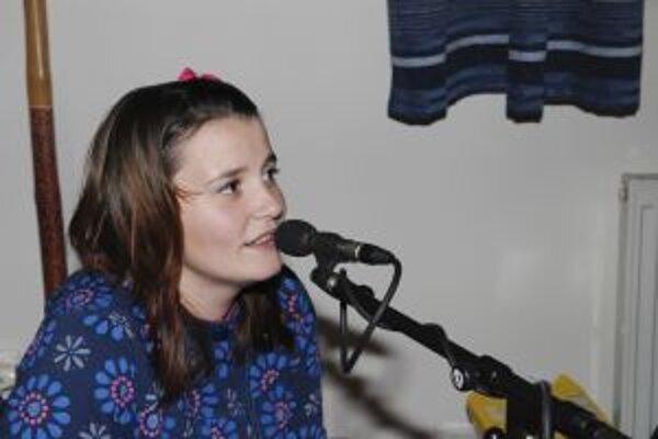 Talentovaná Krásňanka sa rozhodla naspievať folklórne CD.