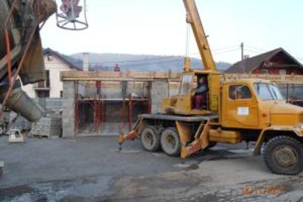 Stavebné práce na zbernom dvore už dávno dokončili. Chýba v ňom ešte technické vybavenie.