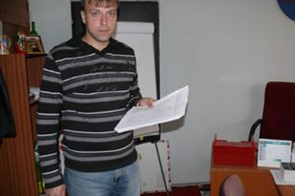 Starosta Juraj Strýček hovorí, že v budúcnosti sa v tejto časti Svrčinovca bude stavať diaľnica.