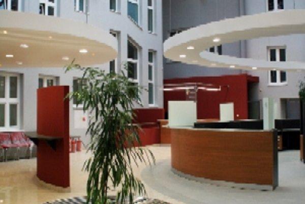 Zrekonštruované pracovisko Mestského úradu v Čadci navštívilo od apríla už takmer 10-tisíc ľudí.