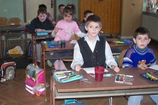 Aj v ostatných základných školách pribúda chorých detí.