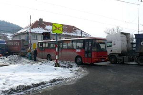 Aj pre obyvateľov Svrčinovca by bola diaľnica doslova vykúpením.