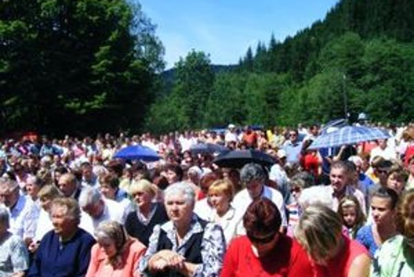 Obyvatelia Riečnice a Harvelky chodia na stretnutia pravidelne každý rok. Na budúci sa stretnú v Riečnici.
