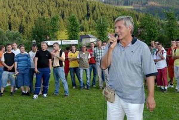 Aj Ján Kroner je častým hosťom Staškova. Pravidelne chodieva na známy Kronerov pohár.