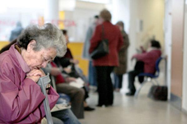 Pacienti sa v Čadčianskej nemocnici dočkajú urgentného príjmu.