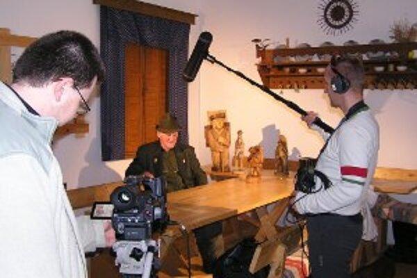 Do Múzea kysuckej dediny zavítal televízny štáb STV.