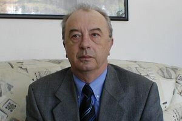 Regionálny hygienik Jozef Pokorný predpokladá, že prázdniny pozitívne ovplyvnia šírenie epidémie.