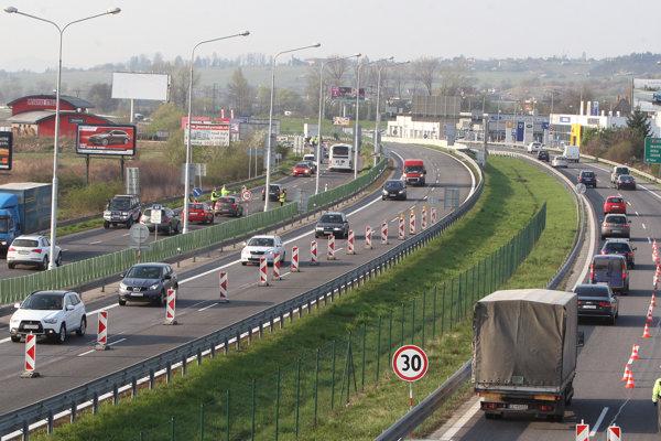 Diaľnicu z Bratislavy do Košíc nedokončí ani tretia vláda Roberta Fica zo Smeru.