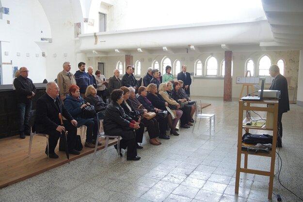 spomienkové stretnutie k 74. výročiu vypravenia prvého transportu slovenských Židov do koncentračného tábora Osvienčim.