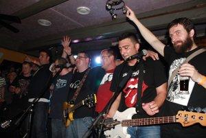 Na koncerte vystúpi kapela Tri Groše.