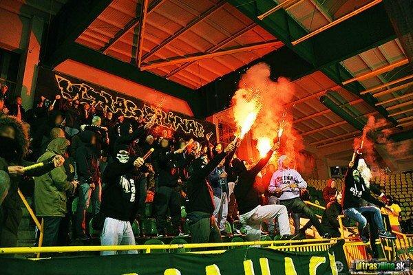 Fanúšikovia mobilizovali svoje sily, no svojich hráčov v Nitre nepovzbudia.