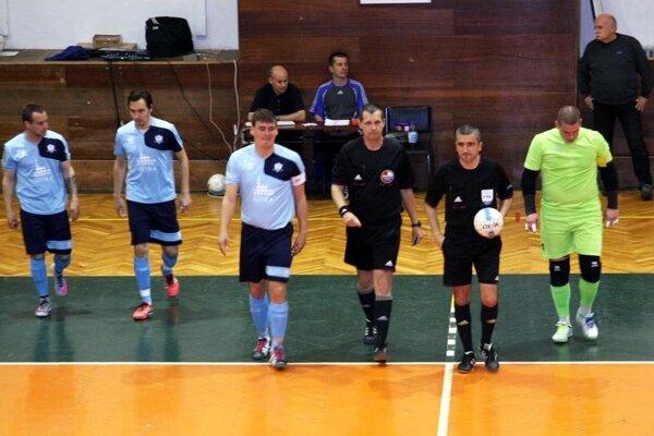 Futsalisti Nitry si vsemifinále merajú sily sPinerolou. Fanúšikovia ich môžu podporiť doma už vpiatok.