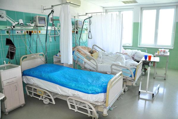 Hodnota každej postele sa blíži ku desiatim tisícom eur.
