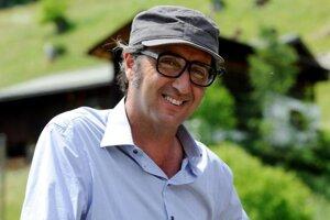 Paolo Sorrentono má Oscara za Veľkú nádheru. Naposledy mal v kinách Mladosť.
