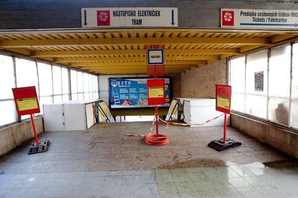 Elekričky na Hlavnú stanicu nejazdia už skoro tri roky.