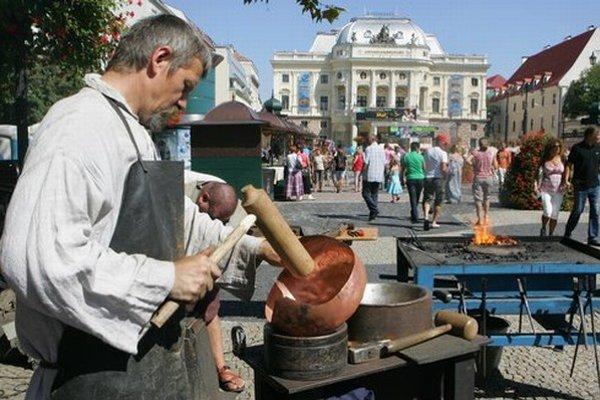 Tradičné podujatie v centre Bratislavy pripravuje Ústredie ľudovej umeleckej výroby. Bude 3. a 4. septembra.