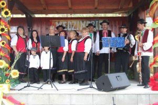V kultúrnom programe mali zastúpenie všetky obce mikroregiónu Medzihorie.